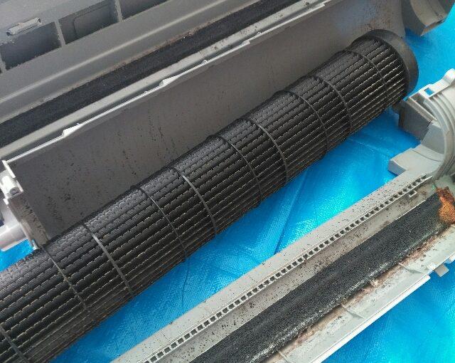 ダイキンAN71RAPのエアコンクリーニング(テスト分解)